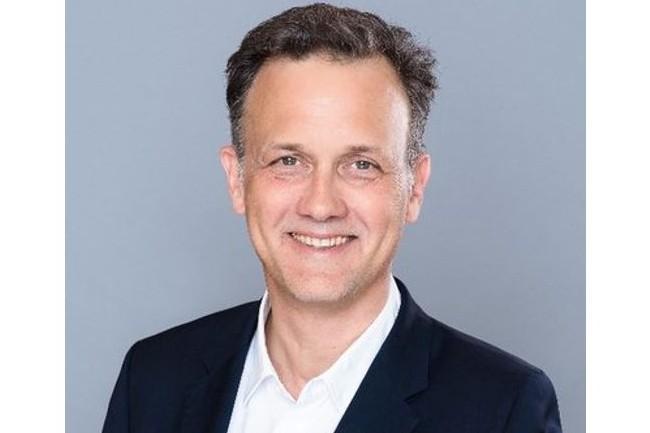 « Avec ce nouveau tour de financement, nous allons accélérer la croissance de notre chiffre d'affaires, soutenue par nos premiers clients enthousiastes en Europe et par une sélection de partenaires choisis avec soin », a fait savoir Hugues de Bantel, directeur général et co-fondateur de Cosmo Tech à l'occasion de sa levée de fonds de 18 millions d'euros. (crédit : D.R.)