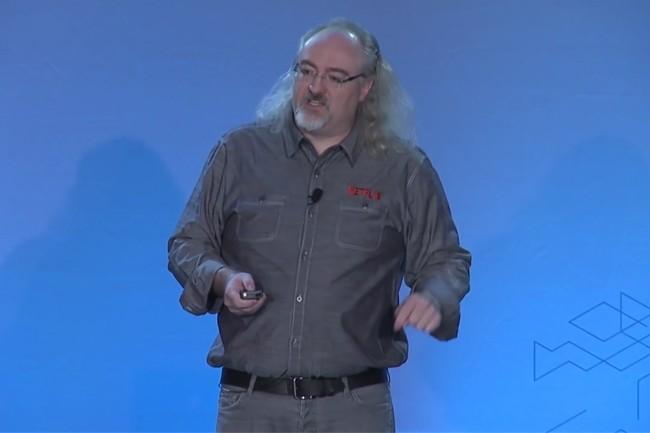 Ingénieur chez Netflix, Dave Hahn était déjà intervenu lors de la convention re:invent d'AWS en 2015. (Crédit : AWS)