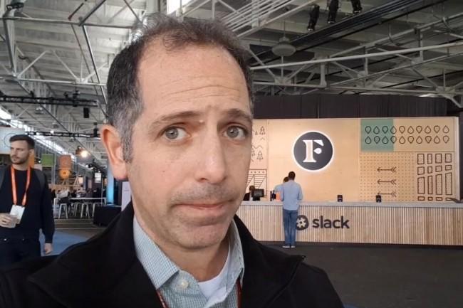 « Alors que Slack continue de lutter contre Microsoft, Google et Cisco, ces derniers devront rester vigilants et ajouter des fonctions d'entreprise qui répondent à des besoins de sécurité, d'évolutivité, de conservation des données, de gouvernance et de conformité », a prévenu Alan Lepofksy, vice-président et analyste principal chez Constellation Research présent sur la conférence Frontiers de Slack les 5-6 septembre 2018 à San Francisco. (crédit : D.R.)