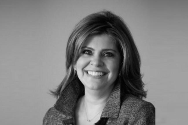 Elizabeth Hackenson, DSI de Schneider Electric, distingue les « digital citizens » et les « digital disruptors ».