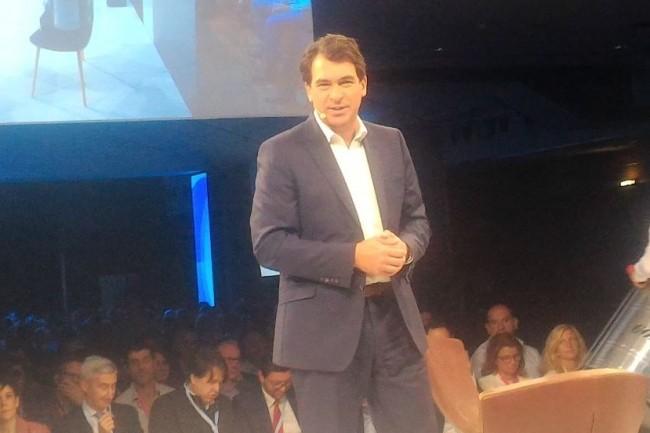 Nicolas Sekkaki, directeur général d'IBM France, sur la scène de la 4e édition de Think Paris le 9 octobre 2018 au Carroussel du Louvre. (crédit : D.F.)