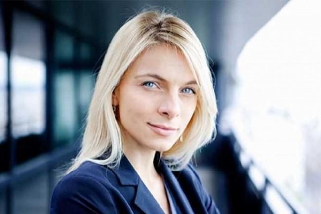 Maud Bailly, Chief Digital Officer d'AccorHotels, a été sacrée Directeur Client de l'Année par l'AFRC.