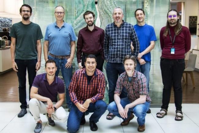 L'équipe Infer.net avec (de haut en bas et de gauche à drroite) : Martin Kukla, John Guiver, Tom Minka, John Winn, Sam Webster, Dany Fabian. Bottom row, left to right: Pavel Myshkov, Yordan Zaykov et Alex Spengler. (crédit : D.R.)