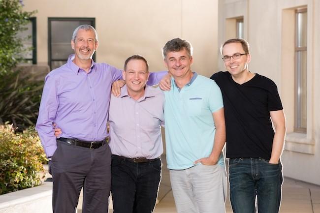 De gauche à droite : Thierry Cruanes fondateur architecte, Bob Muglia CEO, Benoît Dageville co-fondateur et CTO, Marcin Zukoswki co-fondateur de Snowflake. (Crédit Snowflake)