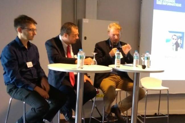 Parmi les grands témoins de l'étape lilloise de l'IT Tour 2018 (de gauche à droite) : Christophe Pennel (chef de projet numérique de l'ICAM), Matthieu Brunet (DSI adjoint et responsable de la transformation numérique de Logista HomeTech) et Martin Honoré (responsable SI d'Airflux). crédit : LMI
