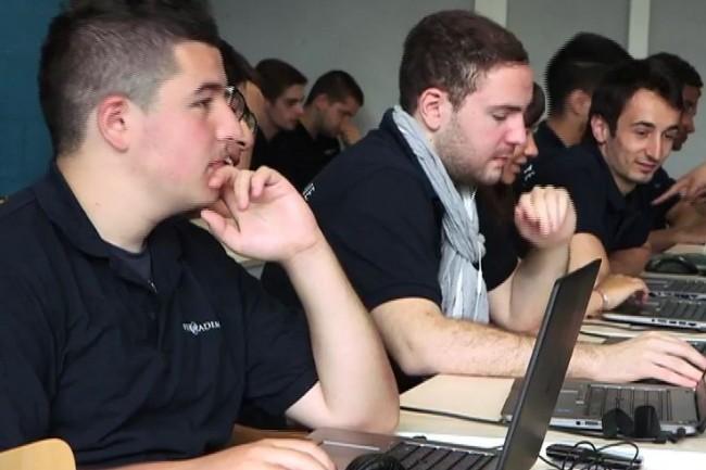 La Web@cademy va former des jeunes lorrains sortis du système scolaire aux métiers du développement informatique. (crédit: D.R.)