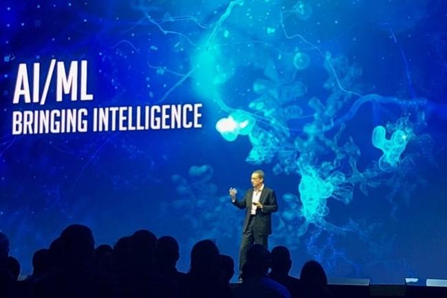 Pat Gelsinger a aussi mis en avant l'automatisation des tâches dans le datacenter avec le recours à l'IA et le machine learning. (Crédit VMware)