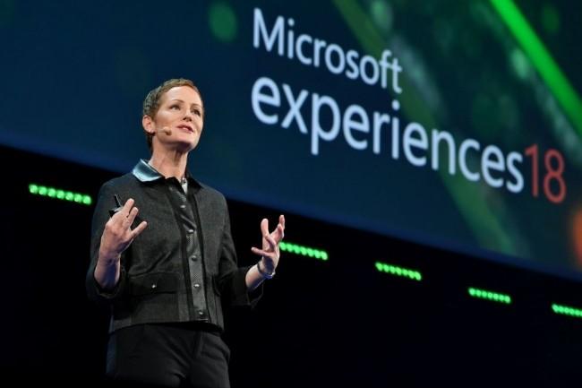 Julia White, vice-présidente corporate de Microsoft, responsable d'Azure au niveau mondial, le 7 novembre sur Experiences, au Palais des Congrès de Paris. (Crédit : Microsoft)