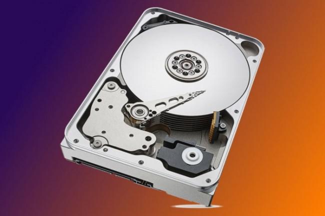 En plus de pouvoir suivre chaque disque dur de sa fabrication jusqu'à l'utilisateur, Seagate va utiliser la technologie blockchain pour détecter les contrefaçons. (Crédit : IDG)