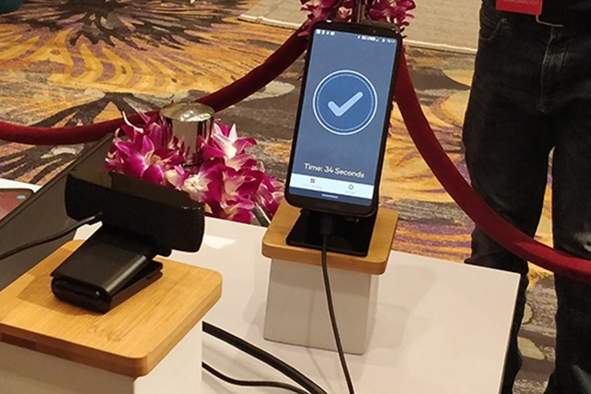 Qualcomm, Motorola et Verizon ont profité du Snapdragon Tech Summit pour montrer la 5G en action. (Crédit : IDG)