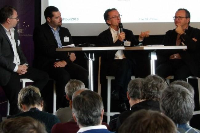 Le plateau du débat consacré à l'intelligence artificielle sur la matinée-débats IT Tour de la rédaction du Monde Informatique le 29 novembre 2018 à l'hippodrome de Toulouse. (crédit : N.H.)