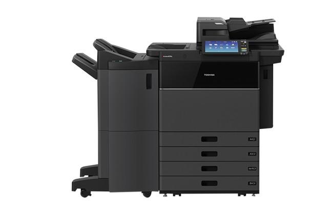 Les séries e-Studio8518A et e-Studio7516AC sont capables d'imprimer respectivement jusqu'à 85 pages par minute en noir et blanc, et 75 pages par minute en couleur. (Crédit : Toshiba)