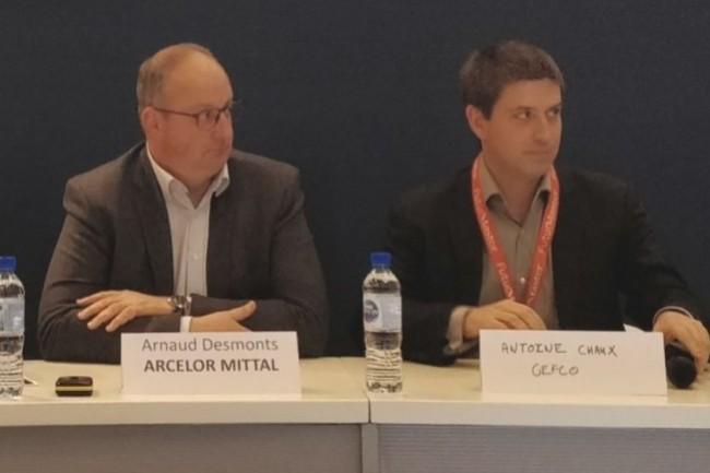 Arnaud Desmonts, directeur transport et logistique Europe chez Arcelor Mittal (à gauche) et Antoine Chaux,responsable des initiatives digitales dans le domaine des transports, chez Gefco ont évoqué leur stratégie digitale dans la supply chain. (Crédit Photo : CIO/J.C.)