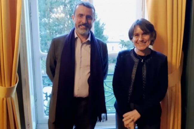 Françoise Banat-Berger, directrice des Archives Nationales, et Jean-Séverin Lair, directeur du programme Vitam, mettent en œuvre l'archivage du XXIème siècle. (crédit : B.L.)