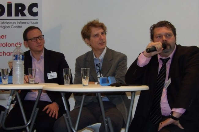 Parmi les intervenants de l'IT Tour Orléans 2018 (de gauche à droite) : Nicolas Piquot (Responsable Engineering, Infrastructures, Cloud & IT Architecture de Gras Savoye), Régis Comin (Responsable MES SI Industriel de Groupe Vorwek) et Frédéric Basroger (DSI de l'Université d'Orléans)