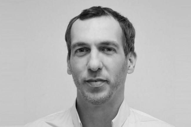 En mars 2017, Hidden.market a été créé par Terence Bucher (ci-dessus), PDG, Thomas Bodin, directeur technique, Julien Adam, directeur financier, et Jean-Pierre Gauthier, directeur de la communication, rejoints par Julien Bardey, directeur associé. (Crédit : Hidden.market)