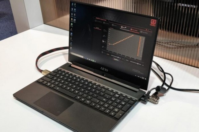 L'Aero 15 de Gigabyte inclut des composants haut de gamme, mais l'une des caractéristiques les plus intéressantes porte sur ses contrôles logiciels. (crédit : Mark Hachman / IDG)