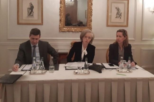 De gauche à droite: François Malan (Vice-Président Métier et Formation de l'AMRAE), Brigitte Bouquot (Présidente) et Anne Piot d'Abzac (Secrétaire Générale).