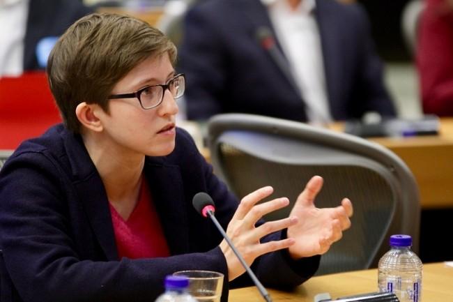 L'eurodéputée allemande Julia Reda est en première ligne sur les questions de sécurité des logiciels libres avec son collègue suédois Max Andersson. (Crédit : Flickr Julia Reda)