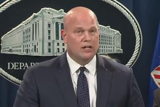 Matthew Whitaker, secrétaire d'Etat à la justice US, a mis en cause Huawei lors d'une conférence de presse à Washington le 28 janvier 2019. (crédit : D.R.)