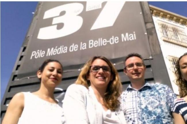 Le programme Manufacture lancé par l'incubateur Belle de Mai piloté par Céline Souliers (au milieu de la photo) soutient l'innovation dans la presse ainsi que les projets technologiques au sens large. Crédit. D.R.