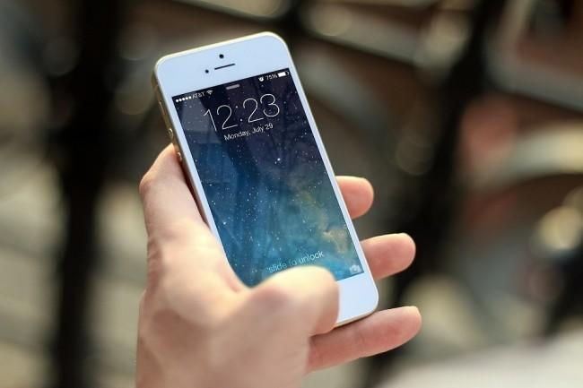 L'iPhone d'Apple fait partie des produits les plus durement touchés par la baisse des ventes de smartphones en 2018. (Crédit : Pixabay)