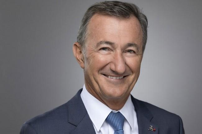 « 2018 a été une année remarquable, avec un niveau record de transactions importantes 3DExperience et la prise de décisions majeures dans nos secteurs clés de l'aéronautique, de l'automobile et des équipements industriels » indique Bernard Charlès, DG de Dassault Systèmes. (Crédit : Sanofi)