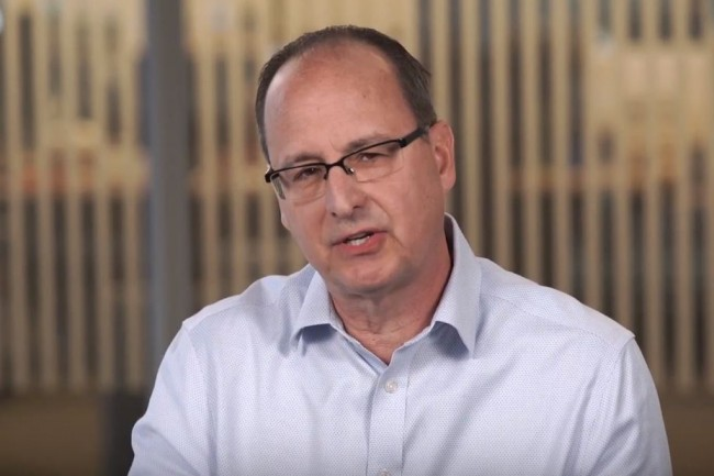 « L'un des éléments les plus intéressants à propos de Luxtera, c'est que l'entreprise est bien avancée dans les processus de conversion des informations électroniques en photons et leur transport par câble optique directement vers les semi-conducteurs », a déclaré Bill Gartner, vice-président et directeur général de Cisco. (crédit : D.R.)