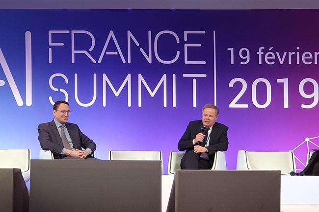 Mathieu Weill, chef du service économie numérique de la DGE, et Pierre-Marie Lehucher, président de Tech In France, ont inauguré la première conférence AI France Summit. (Crédit : Nicolas Certes)