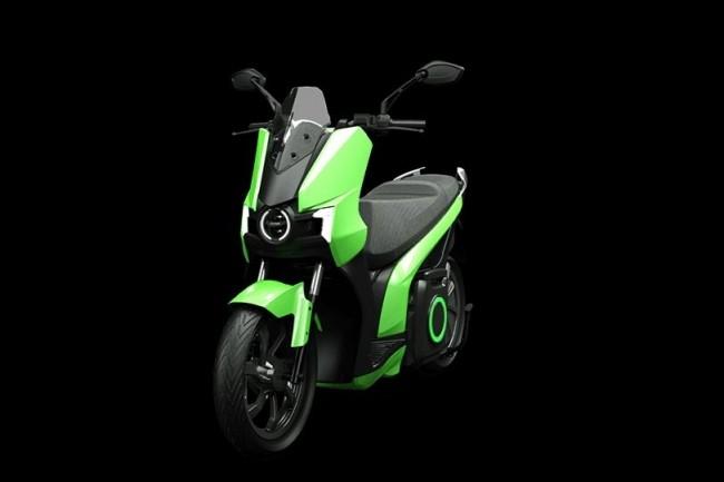 Le scooter  S01 de Silence embarque une batterie amovible d'une capacité de 5kWh. (crédit : Silence)