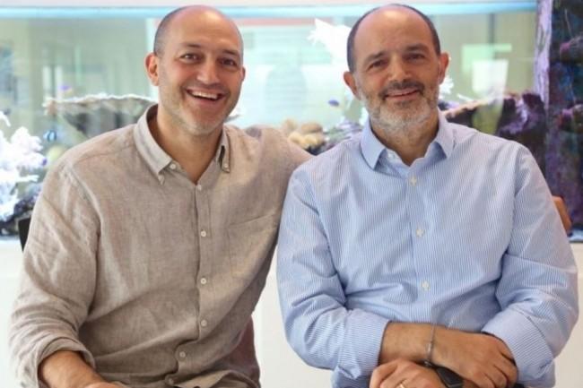 Les deux co-fondateurs de Linkbynet, Patrick et Stéphane Aisenberg - respectivement directeur général et président, . (crédit : C.R.)