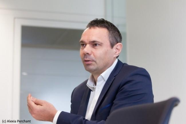 Lionel Chaine, DSI de la Branche Services Courrier Colis de La Poste, insiste sur les conséquences au sein même de la DSI de la transformation en cours. (Crédit : Alexia Perchant)