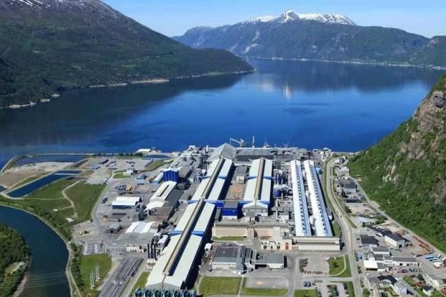 Certaines usines de Norsk Hydro ont été contraintes de stopper temporairement la production en l'absence de support numérique. (Crédit : Norsk Hydro)