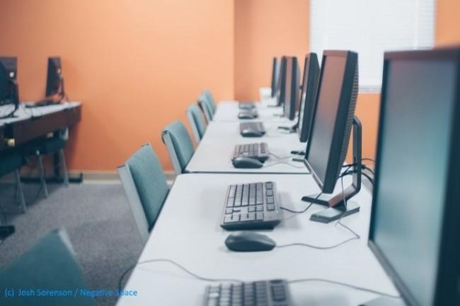 La formation au numérique : une nécessité vue comme une corvée à la charge des employeurs.