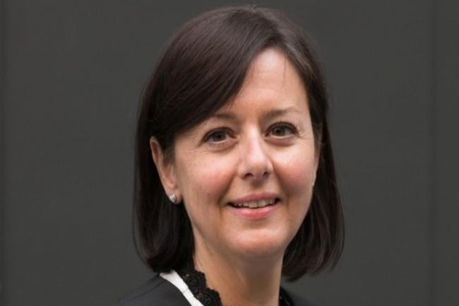 Sophie Jonval, présidente du conseil national des greffiers des tribunaux de commerce, s'est associé à IBM pour implanter la blockchain pour la gestion du registre du commerce. (Crédit : D.R.)