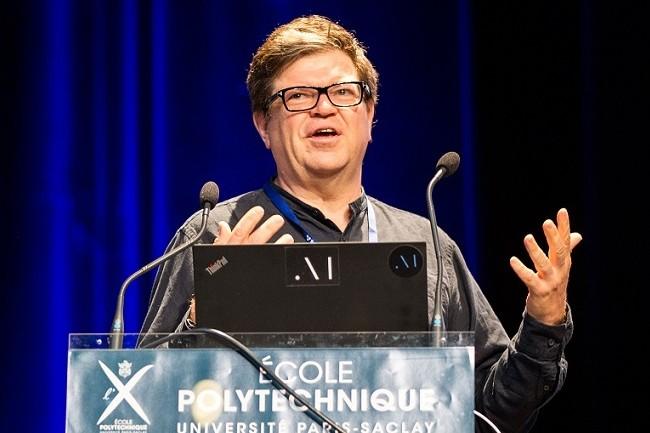 Yann LeCun, ici au Data Science Summer School de l'École Polytechnique, est l'un des pionniers de la recherche sur l'apprentissage profond. (Crédit : École polytechnique - J.Barande, CC BY-SA 2.0)