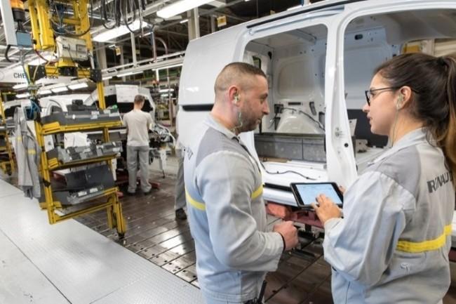 Renault a confié la traçabilité de la configuration des logiciels embarqués à la plateforme PLM d'Aras. (Crédit Photo : Denis Meunier/Renault)