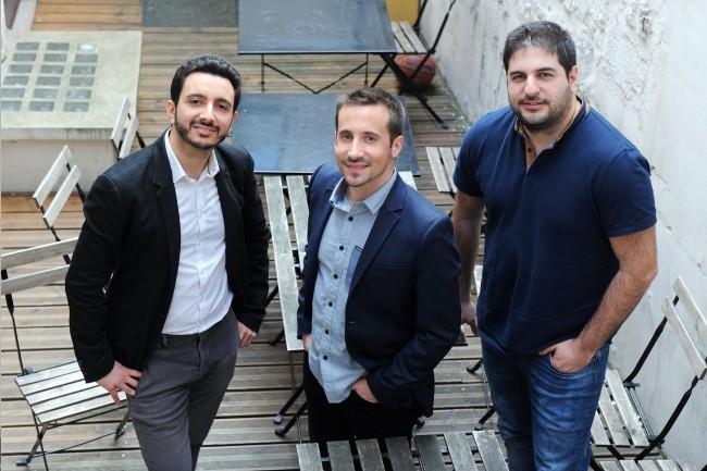 Charles Thou (au centre), PDG d'Agorize, a co-fondé la société avec Yohann Melamed (à droite), directeur des opérations, et Yohan Attal (à gauche), directeur R&D, rencontrés lors d'un Master commun HEC/Télécom ParisTech. (Crédit : Agorize)