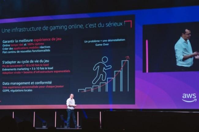Gilles Chervy, directeur technique IT mondial de Gameloft et responsable de son infrastructure de jeux vidéo en ligne hébergée dans le cloud. Ci-dessus sur l'AWS Summit Paris au Palais des Congrès le 2 avril 2019. (Crédit : AWS)