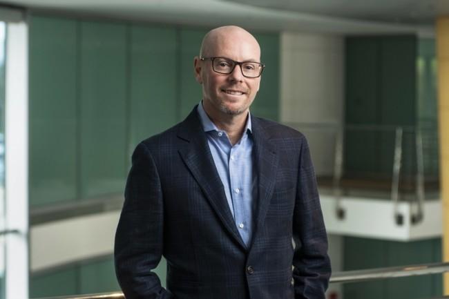 « Nous n'offrons pas un produit mais un service, il nous faut donc gagner le client chaque jour », assure Evan Goldberg, fondateur de NetSuite, éditeur d'ERP en SaaS pour entreprise de taille moyenne. (Crédit : NetSuite)