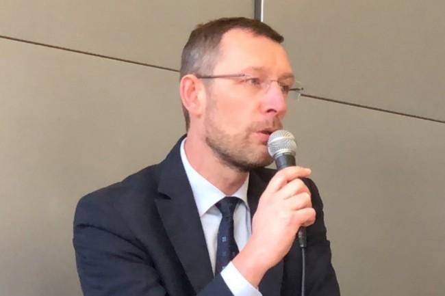 Laurent Robillard, adjoint à la directrice de l'AIFE, a constaté l'impact de l'IA sur le contrôle des dépenses de l'Etat. (Crédit Photo : AIFE Twitter/D.R.)
