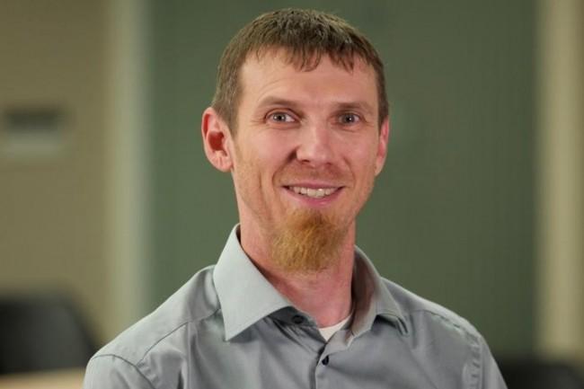 Chris Wright, CTO de Red Hat, fait apparaître l'impact du edge computing sur les déploiements hybrides et les évolutions que des plateformes comme RHEL et OpenShift doivent prendre en compte. (Crédit : IDG UK)