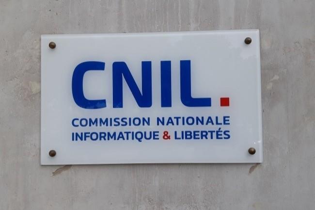 La Cnil a livré un kit des bonnes pratiques aux développeurs. (Crédit Photo: D. R.)