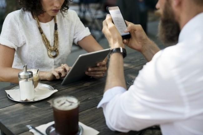 Les DSI doivent fixer une politique de sécurité pour l'usage des mobiles en entreprise. (Crédit Photo : Rawpixel/Pixabay)