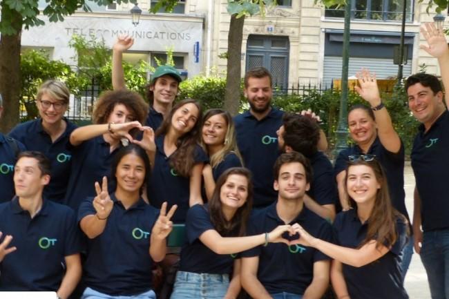 La jeune pousse française Otherwise fondée en 2016 par Cécile Mérine (en haut à gauche) et Raphael Berger (tout à droite) entend se développer sur le marché de l'assurtech. (crédit. D.R.)