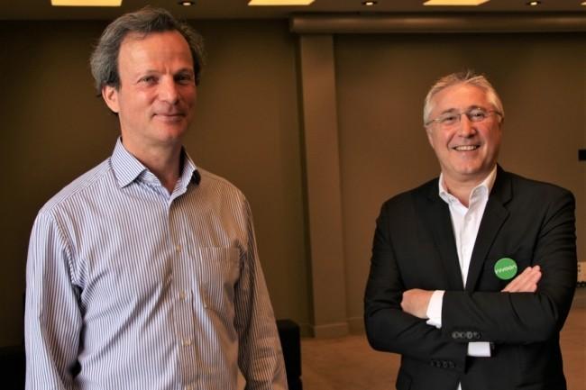 Daniel Fried (à gauche), vice-président EMEA de Veeam, aux côtés de Patrick Rohrbasser, vice-président des ventes en France, lors de l'événement VeemON organisé le 11 juin à la Maison de la Mutualité, à Paris. (Crédit : Bastien Lion)