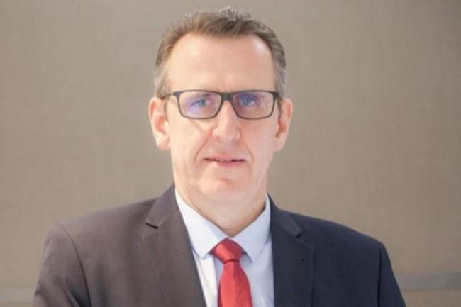 A l'occasion de son témoignage lors de la CIO.conférence « Triompher des pièges du Digital » à Paris le 12 juin 2019, David Boucheny, DSI du Conseil d'État, a répondu à nos questions en vidéo. (crédit : Jean Elyan)