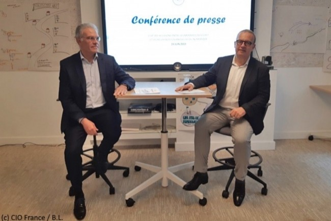 Bernard Duverneuil (président du Cigref, à gauche) et Philippe Rouaud (à droite, président du Club des Relations Fournisseurs du Cigref), ont fait un point sur la relation avec les fournisseurs IT. (Crédit : CIO/BL)