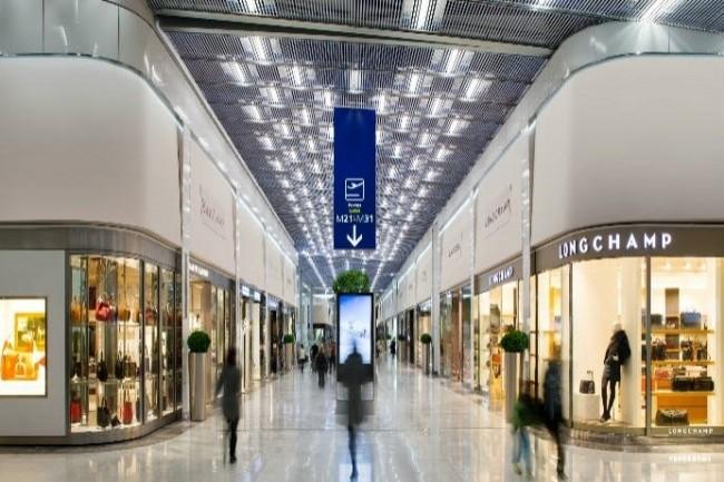 Le réseau de boutiques SDA s'appuie sur une solution IoT proposée par Hub One pour surveiller la température au sein des magasins. (Crédit : Aéroport Paris)