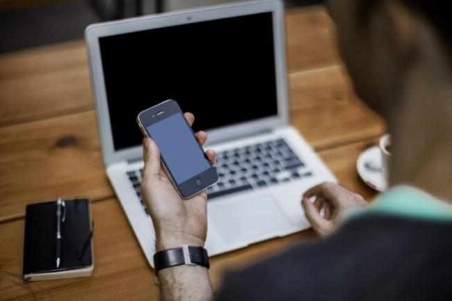 La Dinsic a lancé la 2ème édition de l'appel à projet sur l'environnement du travail numérique des agents. (Crédit Photo: Free Photo/Pixabay)